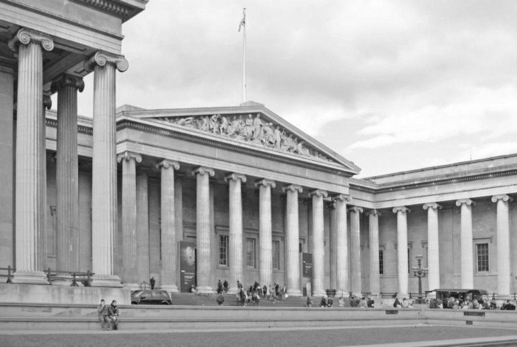 استفاده از سنگ مرمر در ساخت ستون های موزه ملی بریتانیا - انگلستان